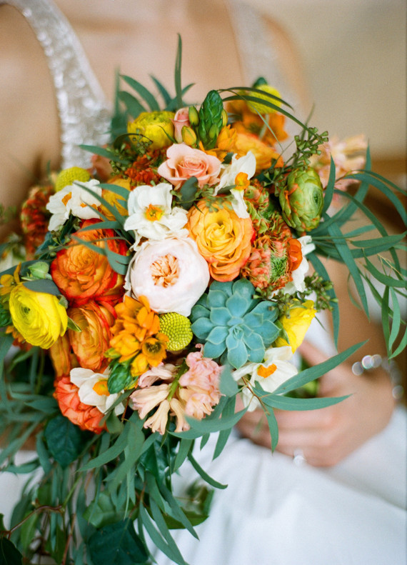 Ranunculus rose and succulent bouquet