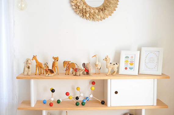 Midcentury girl's nursery