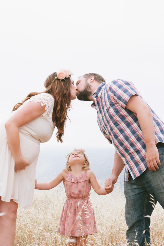 Sacramento family maternity photos by Lee Brown ...