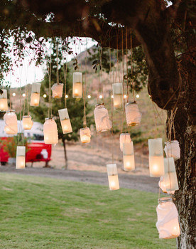 Romantic Hanging Lantern Lighting
