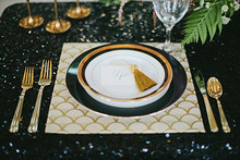 Art Deco table decor