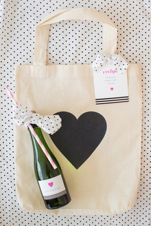 Bridal shower gift bags