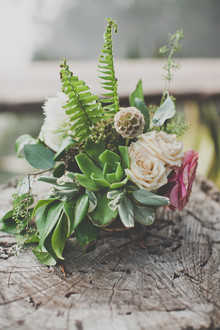 Colorful bohemian wedding Florals