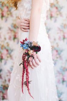 Floral arm band