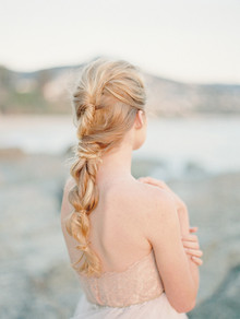 Romantic Coastal Bridal Hairstyle Inspiration