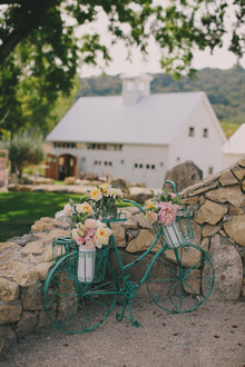 HammerSky Vineyards wedding decor