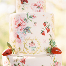 Strawberry inspired cake details