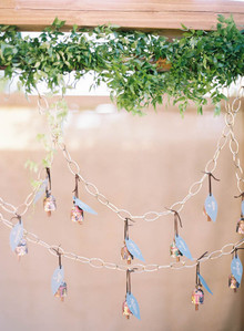 Little gold bell escort cards