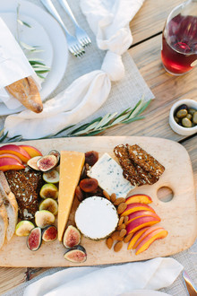 How to throw an end-of-summer backyard party