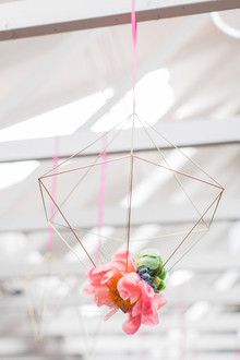 Modern wedding florals