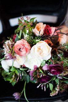 Winter wedding florals
