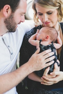 lifestyle newborn photos