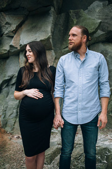 rock quarry maternity photos