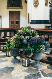 Romantic autumn Italian wedding