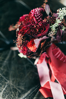 Red dahlia bouquet