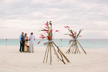 Sandbar elopement in Fiji