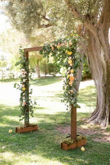 Rustic wedding altar