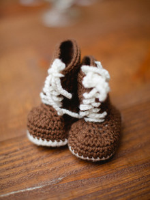 knit baby booties