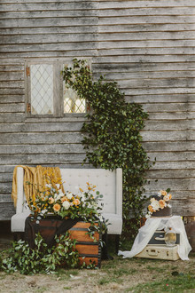 Gold and black wedding ideas