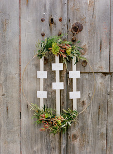 Wreath escort card display