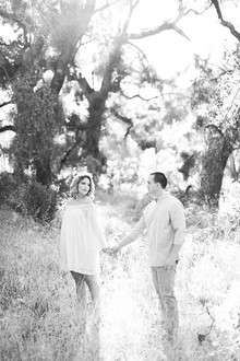 rustic outdoor maternity photos
