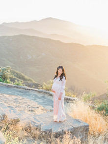 Golden hour maternity photos