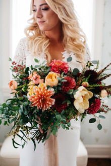 Dahlia bridal bouquet