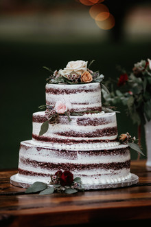 Semi naked wedding cake