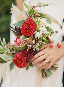 Red winter bridal bouquet