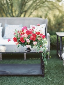 Romantic pink and red wedding flowers