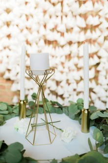 Geometric wedding decor