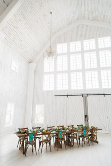 Tropical wedding inspiration at a barn