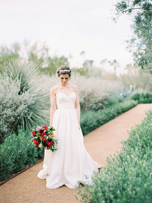 Kelly Faetanini wedding dress