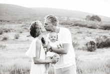 Summery family photos in Southern California