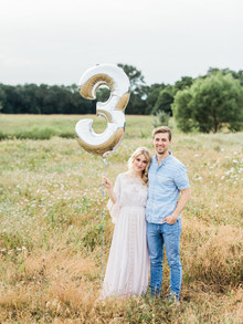 Pregnancy announcement photos