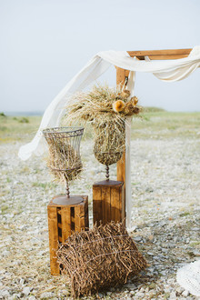 dried flower wedding decor