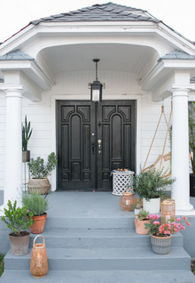 How to style your front porch for entertaining