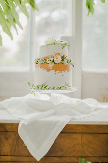 greenhouse inspired wedding cake