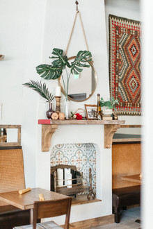 Model mantel with spanish tile