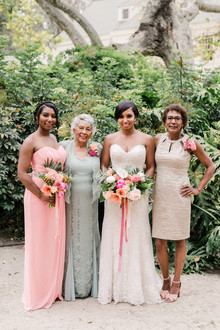 Family bridal portraits