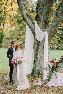 Autumn castle wedding in Poland on 100 Layer Cake