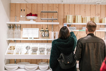 Crate and Barrel Private Wedding Registry Event
