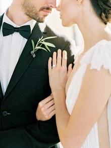 Formal Malibu Rocky Oaks wedding inspiration