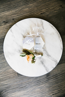 Marbled wedding favors