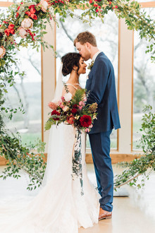 Jewel tone winter wedding at Canyonwood Ridge in Austin
