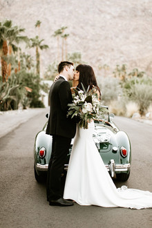 Classic modern Palm Springs wedding at the Avalon