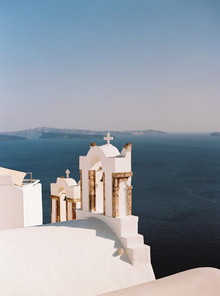 Peony inspired pastel wedding ideas in Santorini