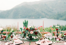 Romantic wedding decor