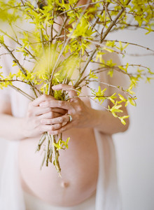 Floral maternity portraits on film