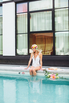 How to throw a super cute pool party bachelorette party